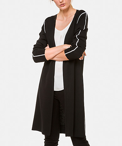 Knit jacket with a contrasting detail, front open and long-sleeeve