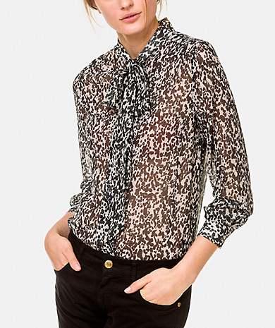 Printed blouse button clasp long sleeves
