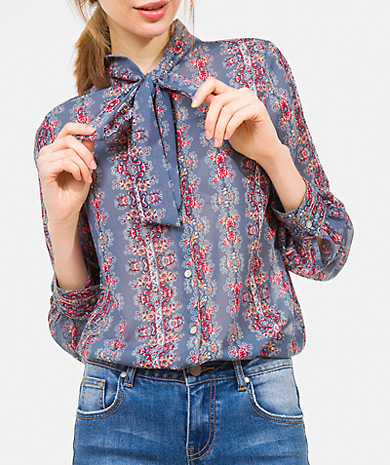 Pussy-bow printed blouse with button fastening, long-sleeve and cuff with button