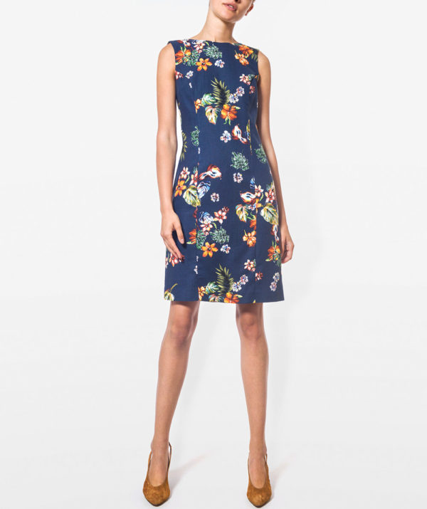 Floral print dress with round neck