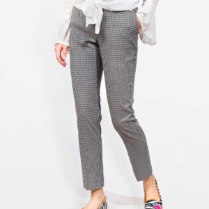 Vichy capri trousers with belt loops and concealed zip fastening.