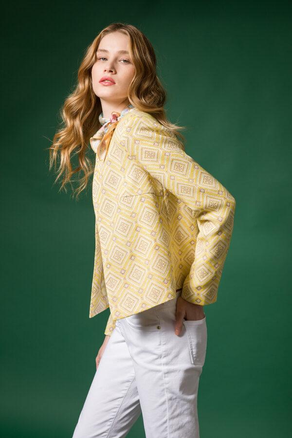 short jacquard jacket